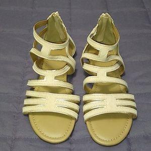 SO Hopeful Blush Gladiator Sandals Strappy Zip 8